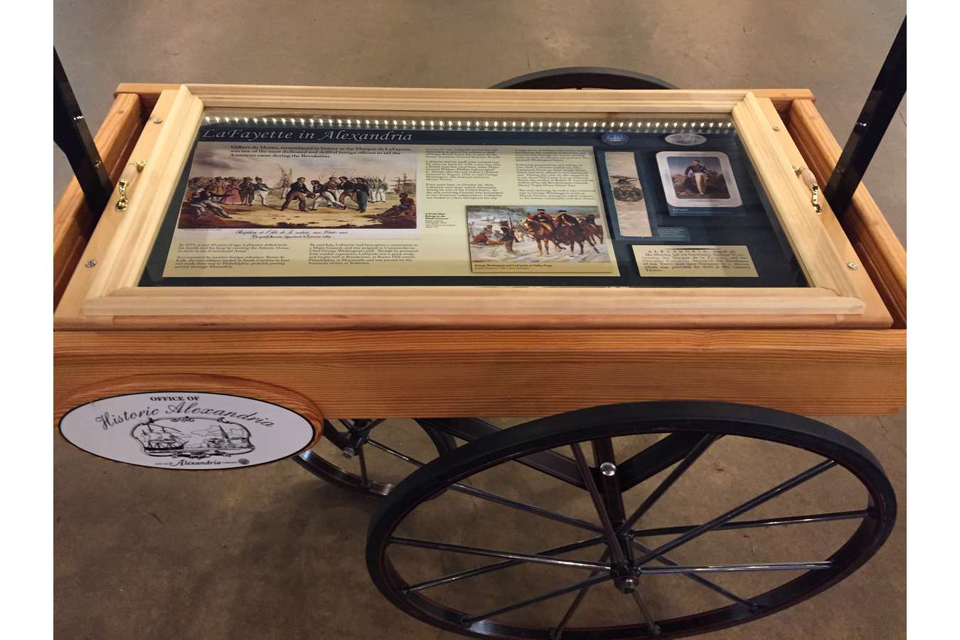 Lafayette Cart : History cart commemorating anniversary of the Marquis de Lafayette's visit to Alexandria